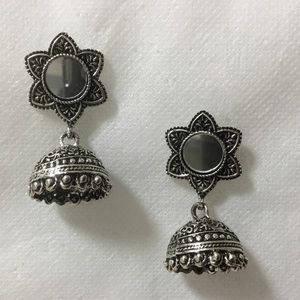Jewelry - Flower Drop Dangle Earrings